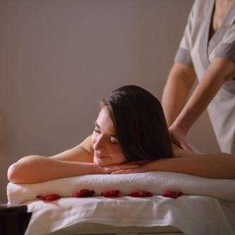 massaggio rilassante 1 - L.A.K. Cuneo - Barbiere Unghie